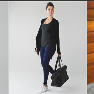 Lululemon Resolution Wrap Black 10/12 Cashmere